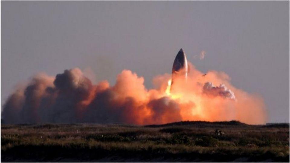 SpaceX星舰试飞降落坠毁爆炸马斯克却感到满意