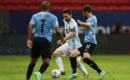 千场里程碑!阿根廷队1-0乌拉圭迎美洲杯首胜,梅西助攻创纪录